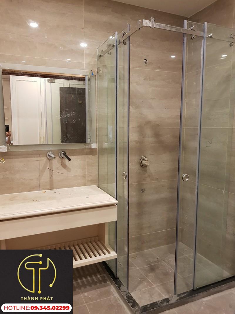 cabin-phòng-tắm-90-độ