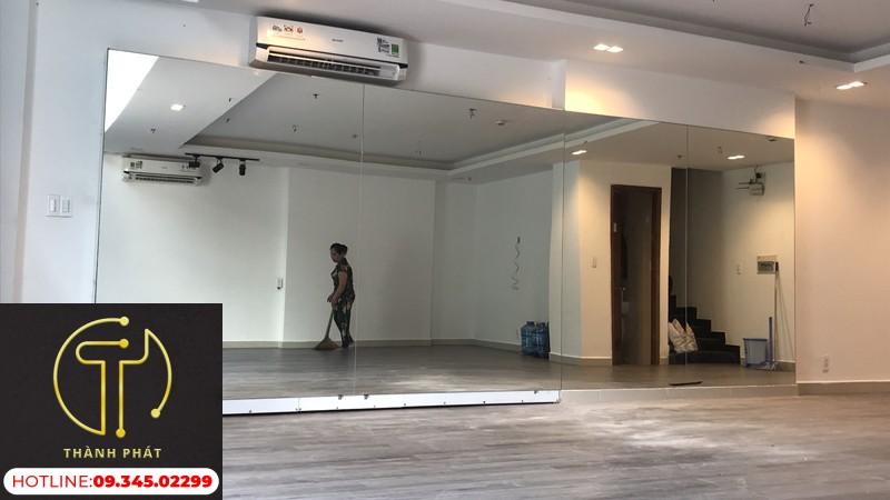 Gương Phòng Tập Yoga