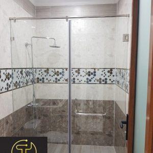Thi công phòng tắm kính 180 độ tại tphcm