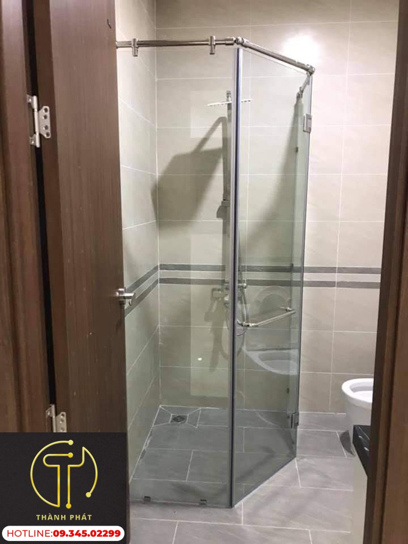 phòng tắm kính cường lực-135-độ-đẹp